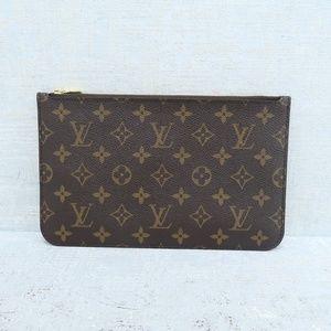 Louis Vuitton Neverfull Pouch Canvas Clutch